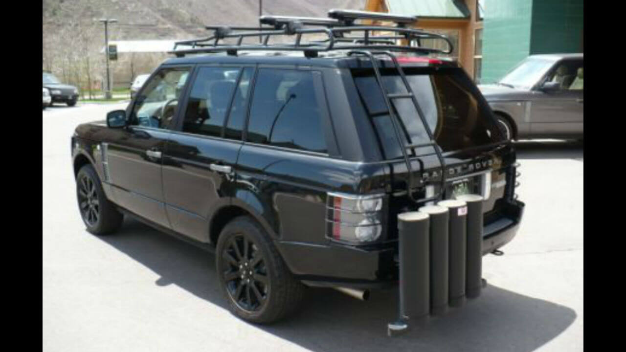 Land-Rover-Range-Rover-MK3-rear-access-ladder-off-road-Voyager-Offroad.JPG