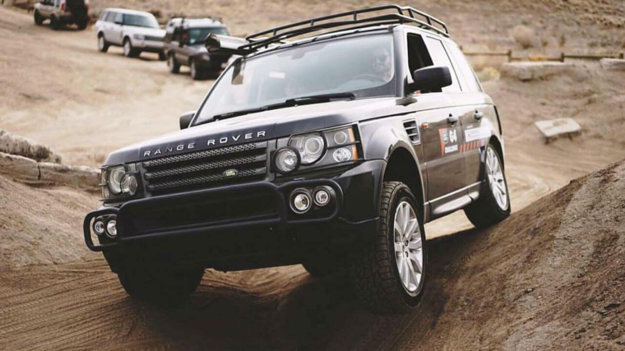 Land-Rover-Range-Rover-Sport-off-road-Standard-Voyager-roof-rack-Voyager-Offroad