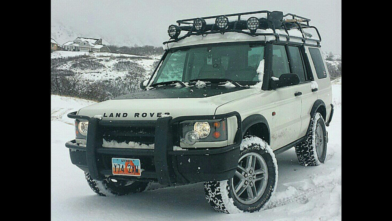 Land-Rover-Discovery-Series-II-Standard-Voyager-roof-rack-off-road-Voyager-Offroad.jpg