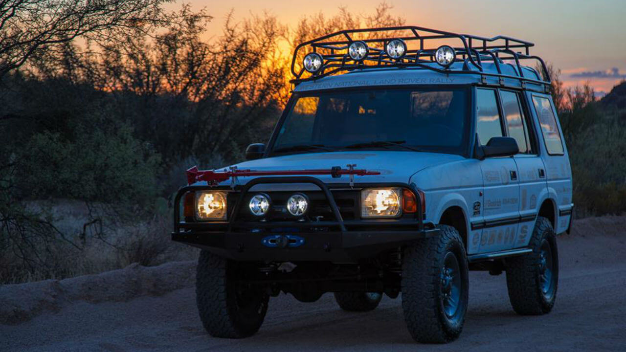 Land-Rover-Discovery-Series-I-Voyager-roof-rack-sunset-off-road-Voyager-Offroad.jpg