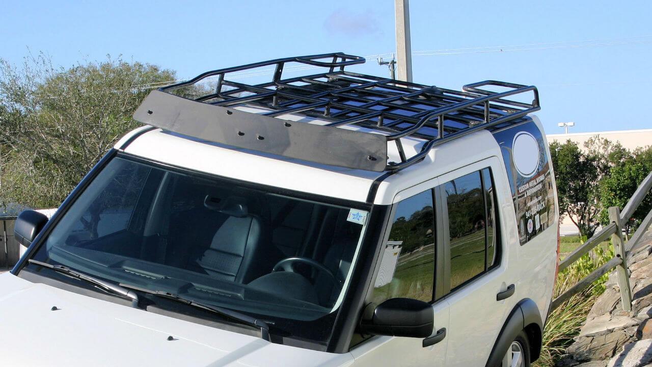 Land-Rover-LR3-off-road-flat-wind-fairing-standard-roof-rack-Voyager-Offroad