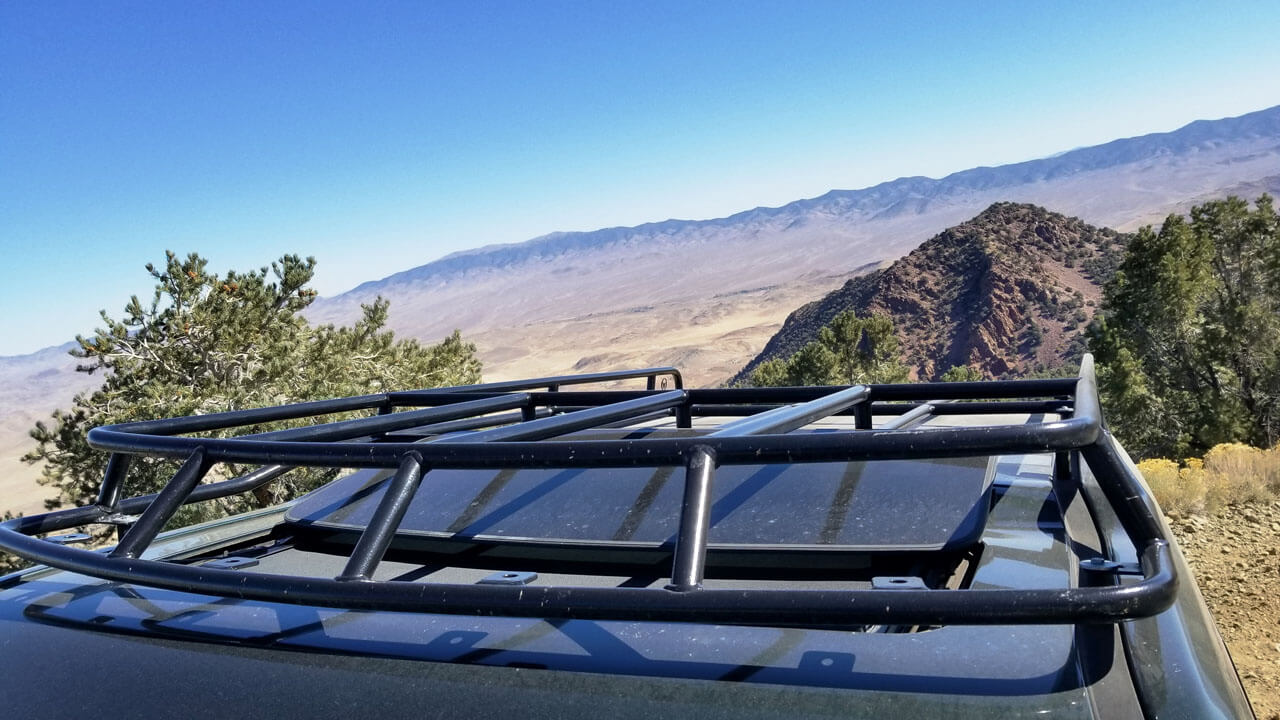 Land-Rover-LR4-roof-rack-sunroof-open-top-view-off-road-high-desert-Voyager-low-profile-roof-rack-Voyager-Offroad.jpg