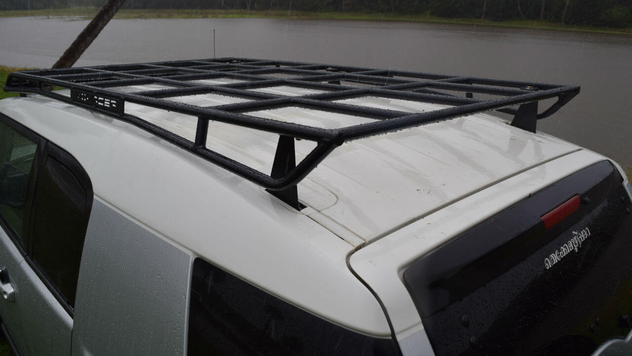 Toyota-FJ-Cruiser-off-road-roof-rack-back-side-view-Voyager-Offroad.JPG