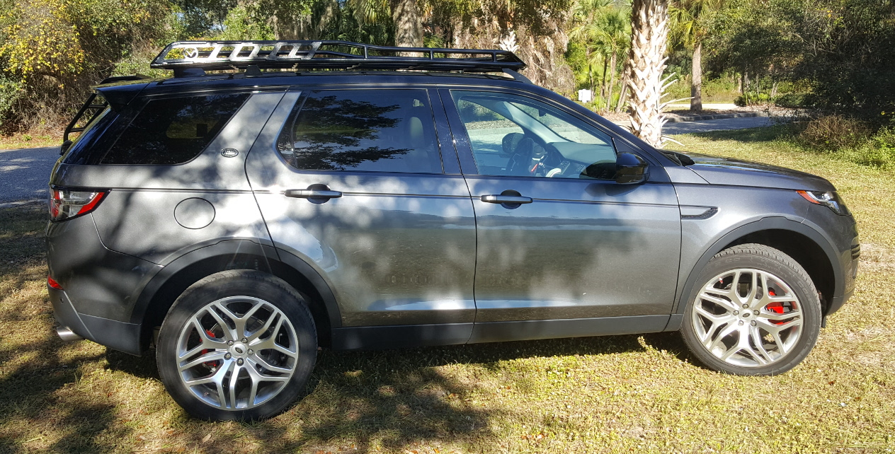 Land-Rover-Discovery-Sport-off-road-roof-rack-passenger-Voyager-Offroad.jpg