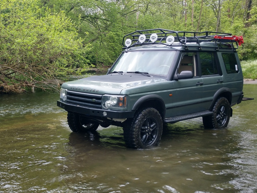 Land-Rover-Discovery-Series-II-Voyager-overland-package-campers-River.jpg