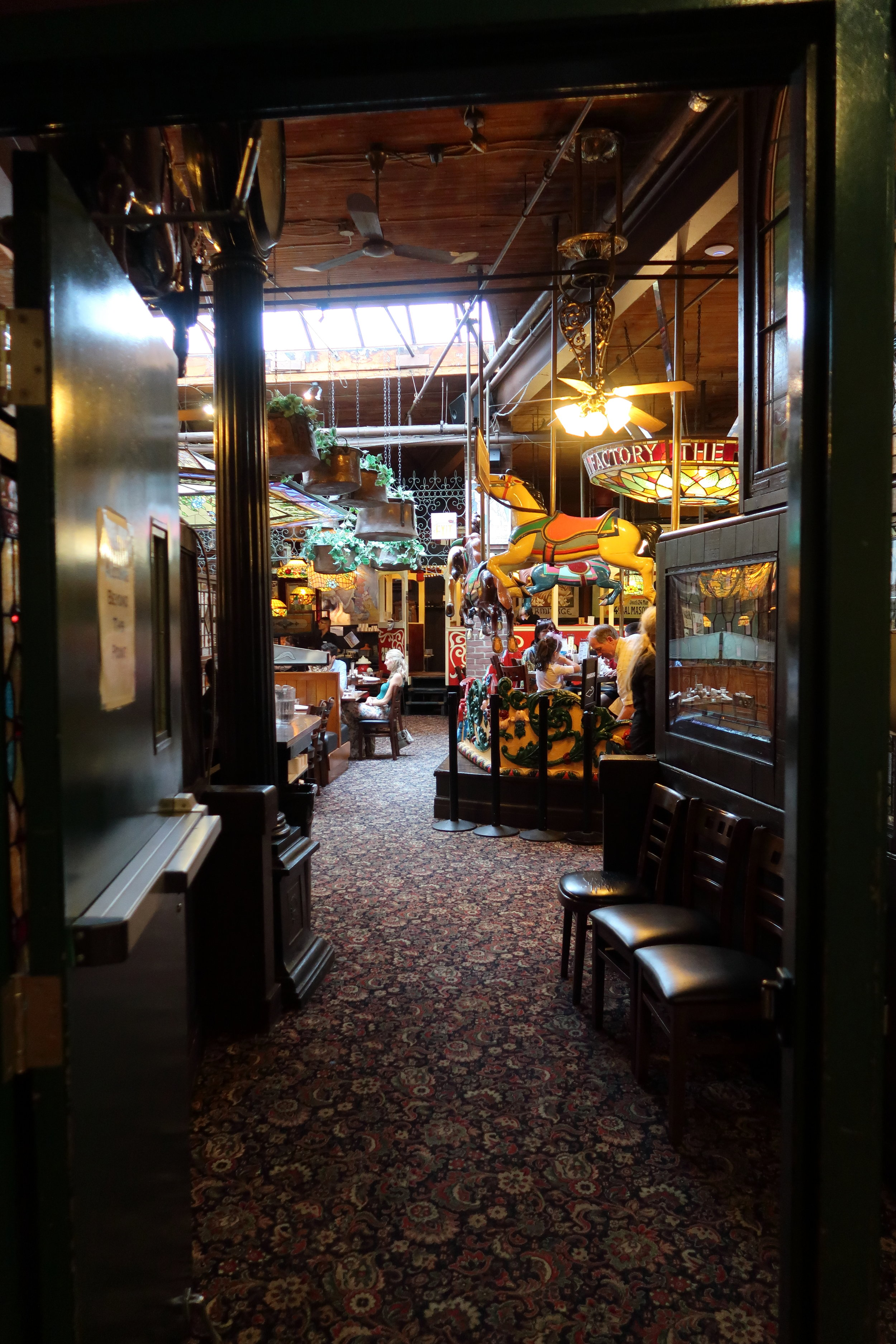Entrance to Spaghetti Factory from Scotland Yard