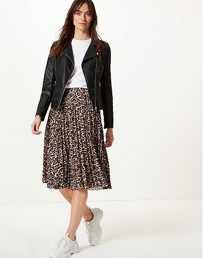 Animal Print Pleated Midi Skirt in black mix