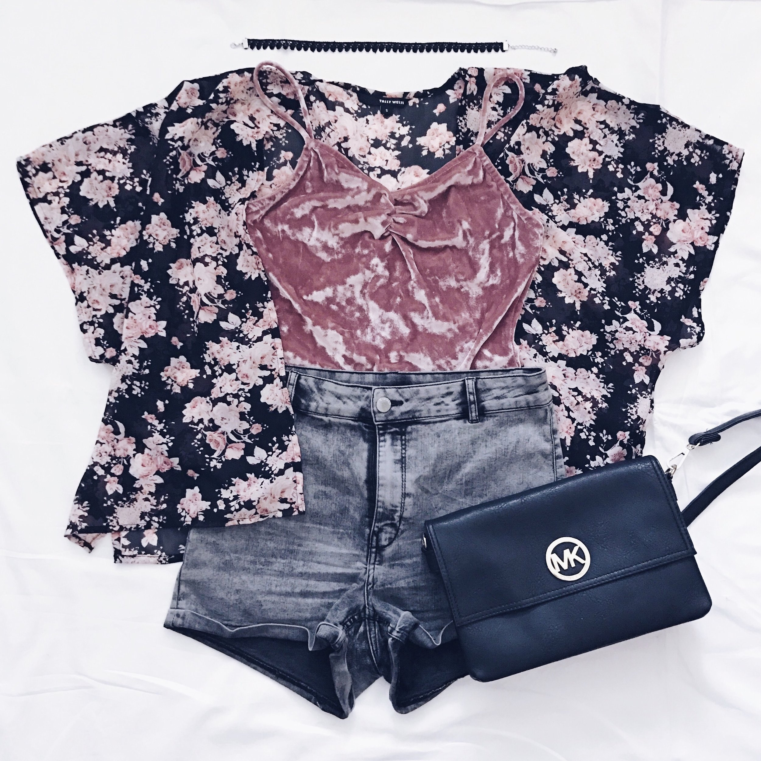 Dark Grey Denim Shorts: H&M    Floral Kimono & Crushed Velvet Bodysuit : Tally Weijl    Crossbody Bag: Michael Kors    Choker: Amazon