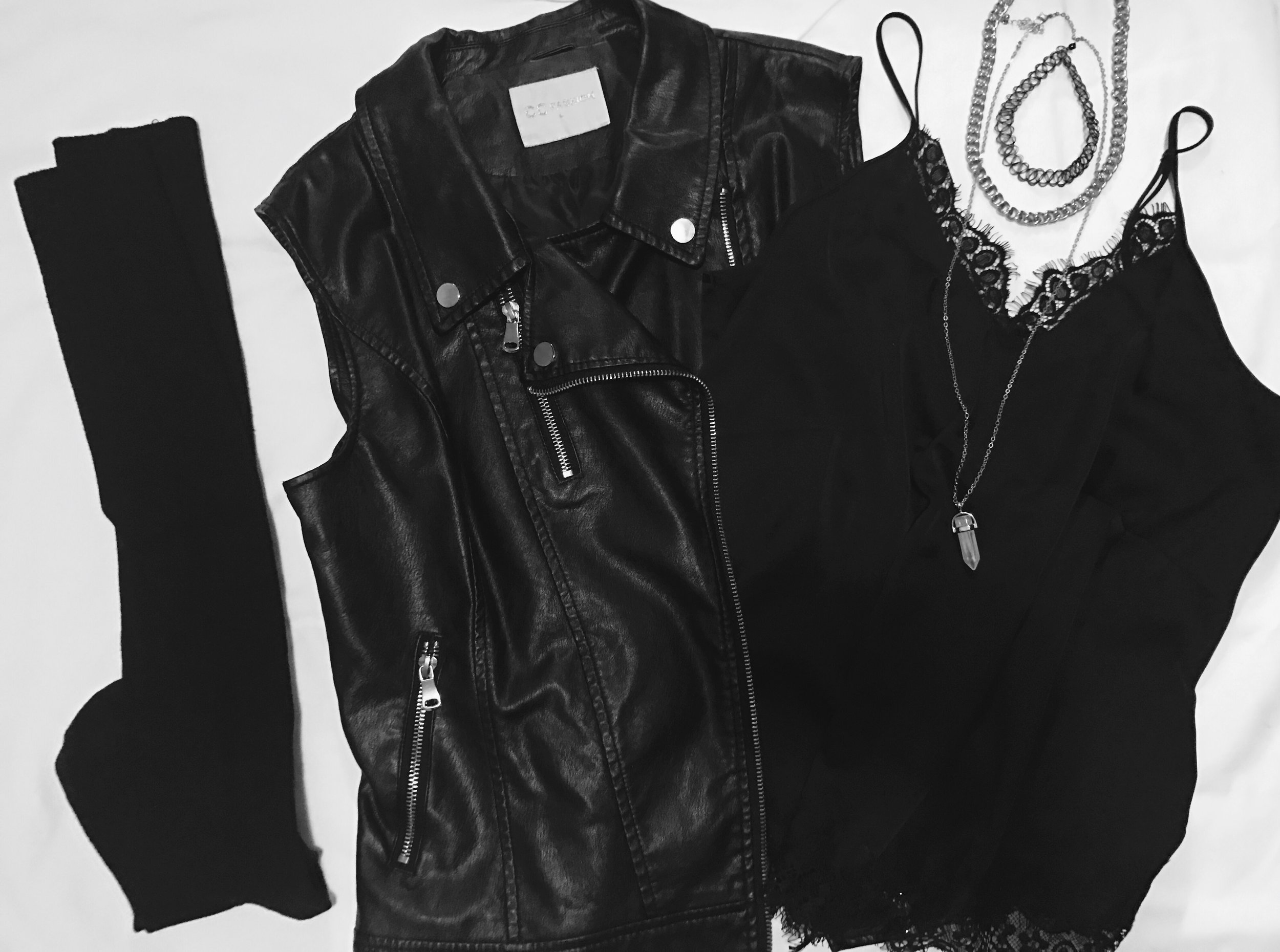 rock n roll rockstar metal leather lace badass alternative ootd flatlay flatlays outfit outfits fashion style girl