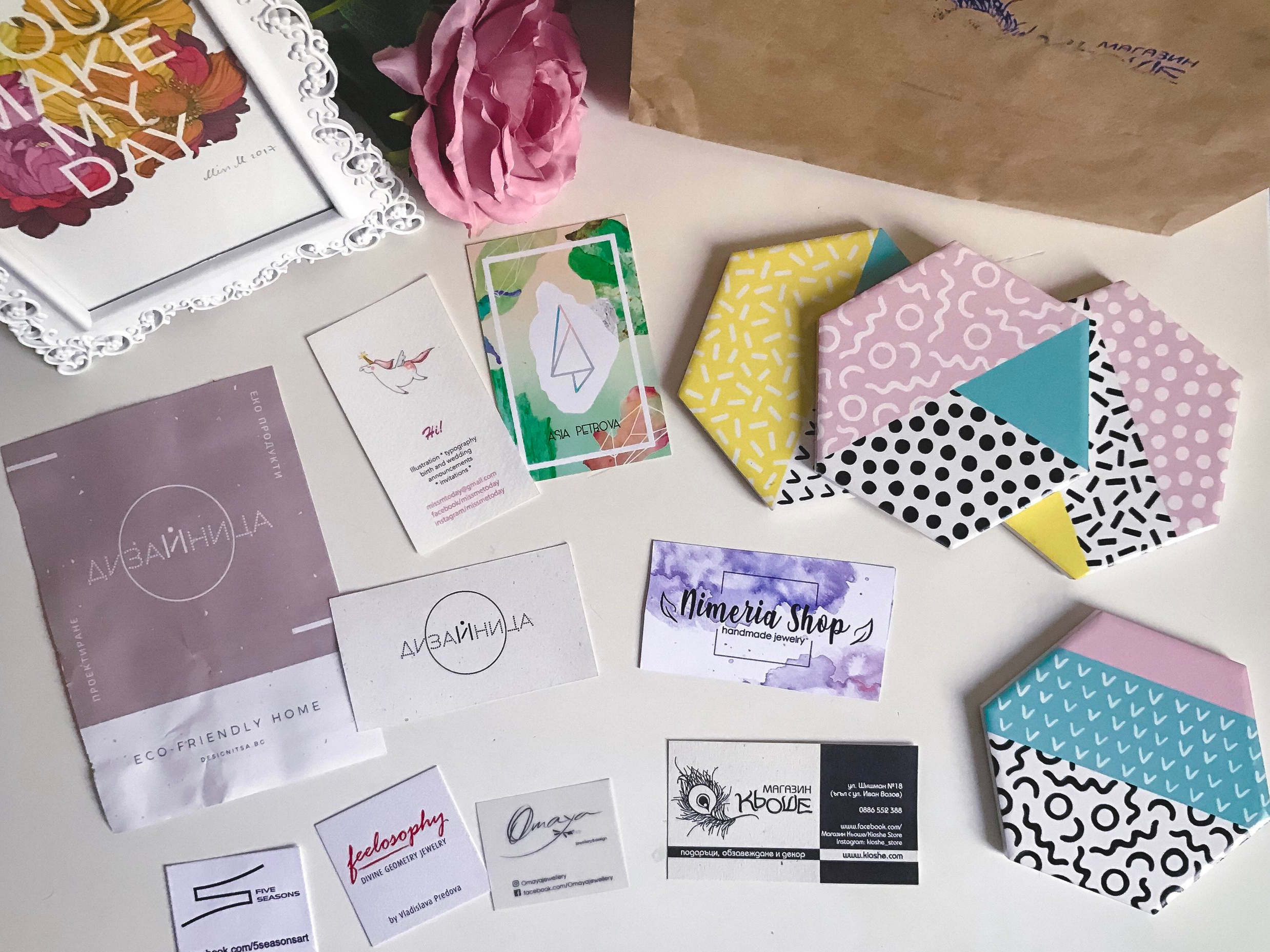 art-handmade-business-cards-flatlay