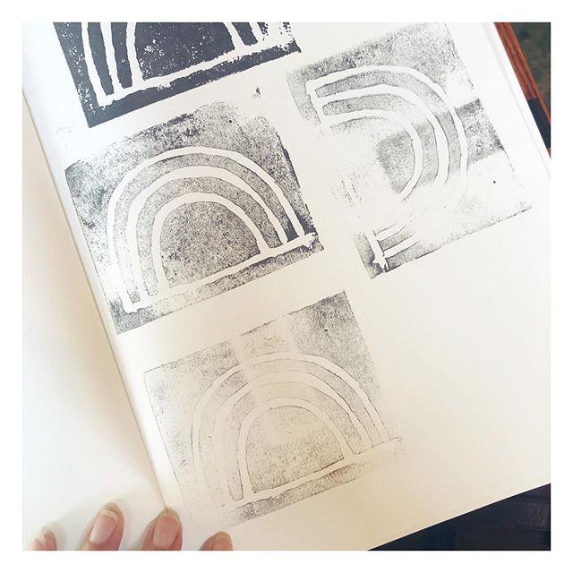 Stamp textures ⠀⠀⠀⠀⠀⠀⠀⠀⠀ #graphicdesign #printdesigner #littleroaddesigns #littleroadstudio #fwportfolio #calledtocreate #creativeprocess #botanicalillustration #artistmom