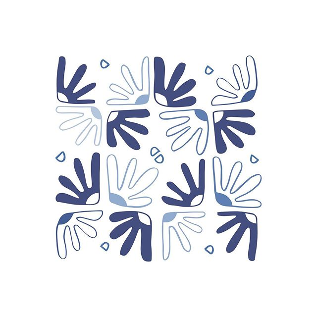 Mexican tile print! I can't wait to go back to Mexico and get some more of the beautiful blue pottery, plates and bowls. We almost bought a whole set on our honeymoon in Tulum #regrets ⠀⠀⠀⠀⠀⠀⠀⠀⠀ #graphicdesign #printdesigner #littleroaddesigns #littleroadstudio #fwportfolio #calledtocreate #creativeprocess #botanicalillustration #artistmom
