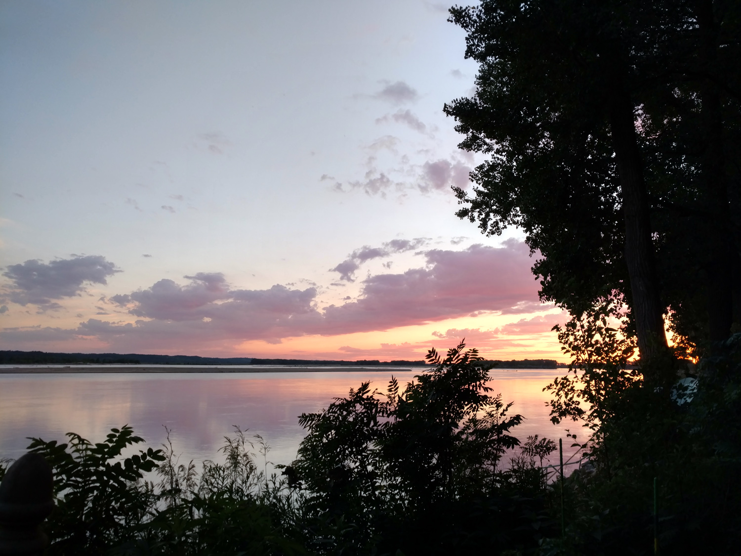 Sunset on the Missouri River, June 22, 2017