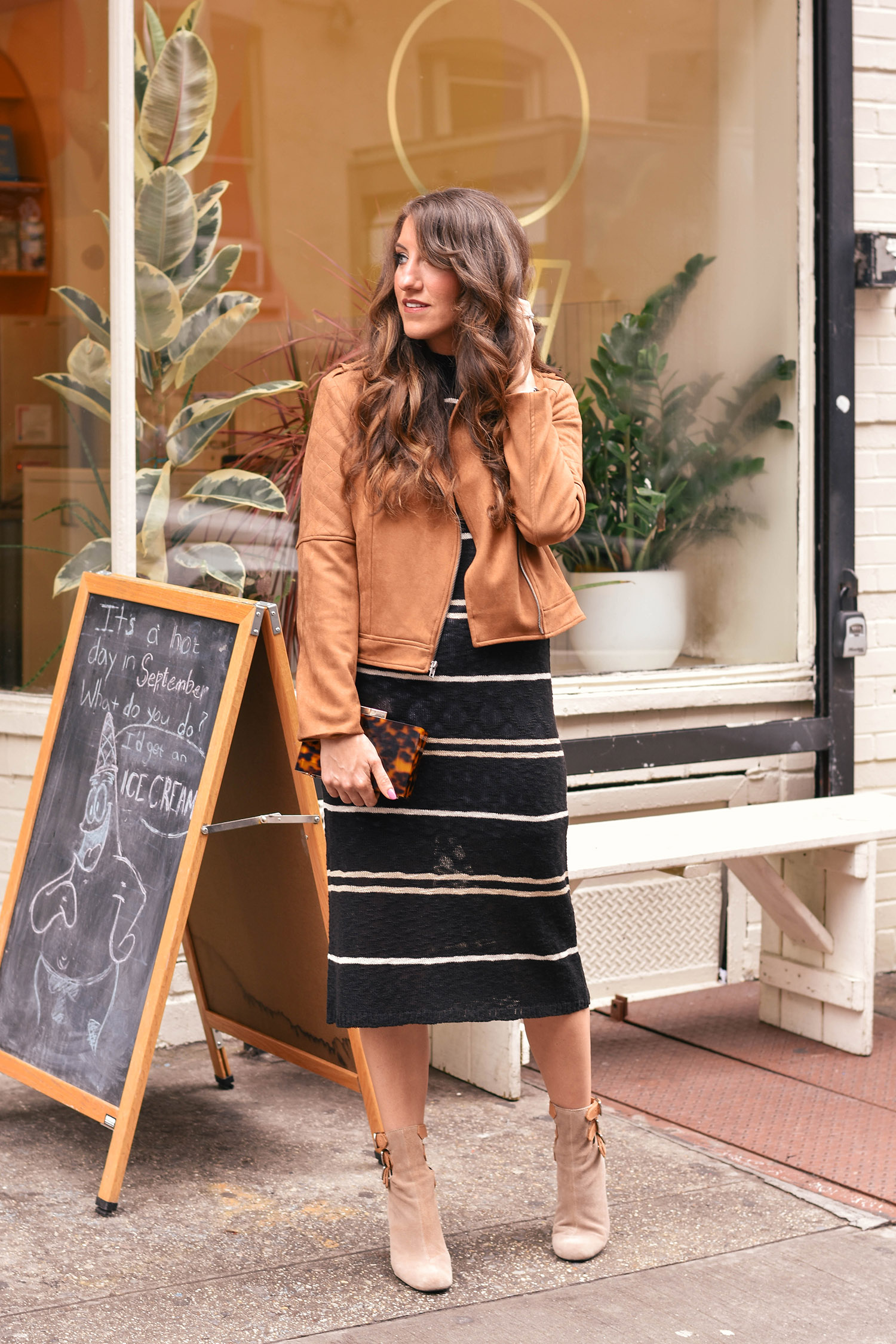 lily & sparrow boutique: 90s babe // britt emery