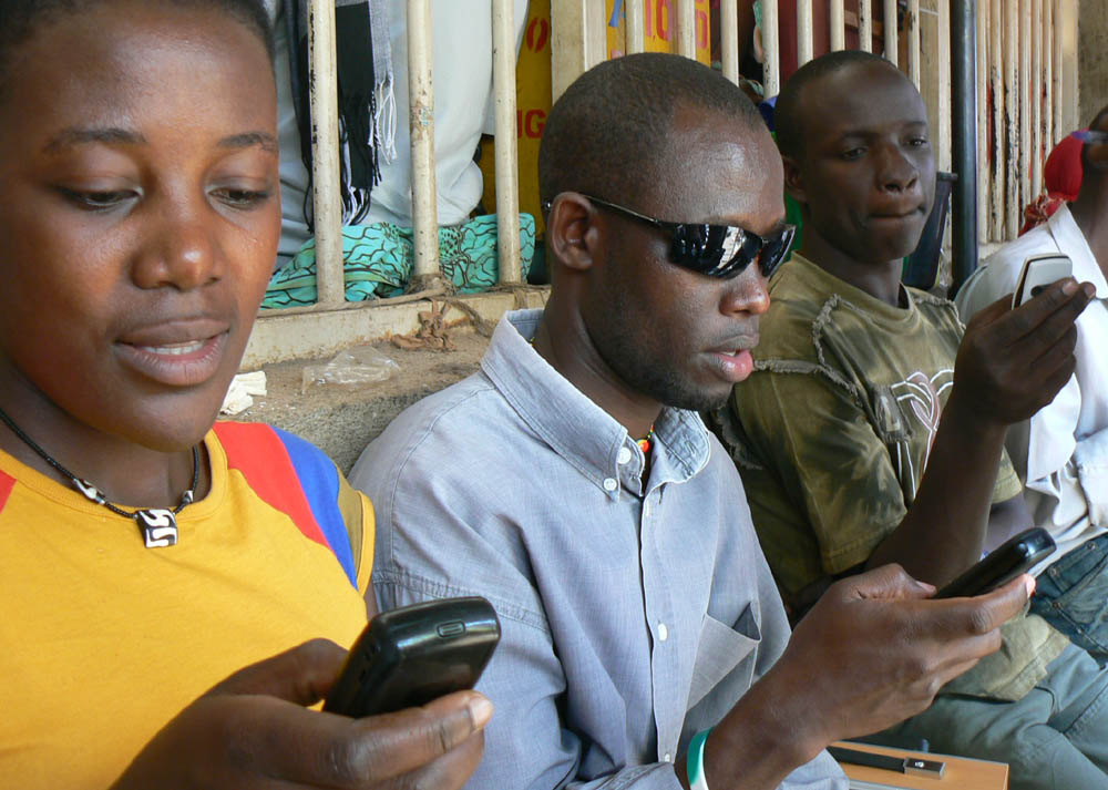 young-people-sms.jpg