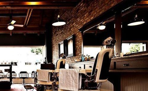0ed00a7b1dafeb870bfa7593d01803cb--modern-barber-shop-barber-shop-vintage.jpg