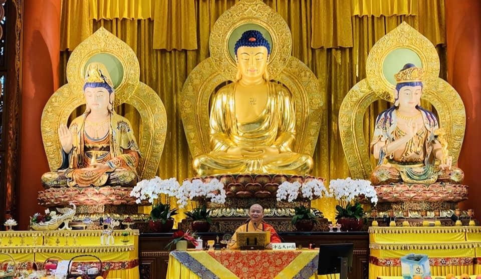 吉祥宝聚寺首次举办《慈悲绿度母法会》,场面摄心感动。