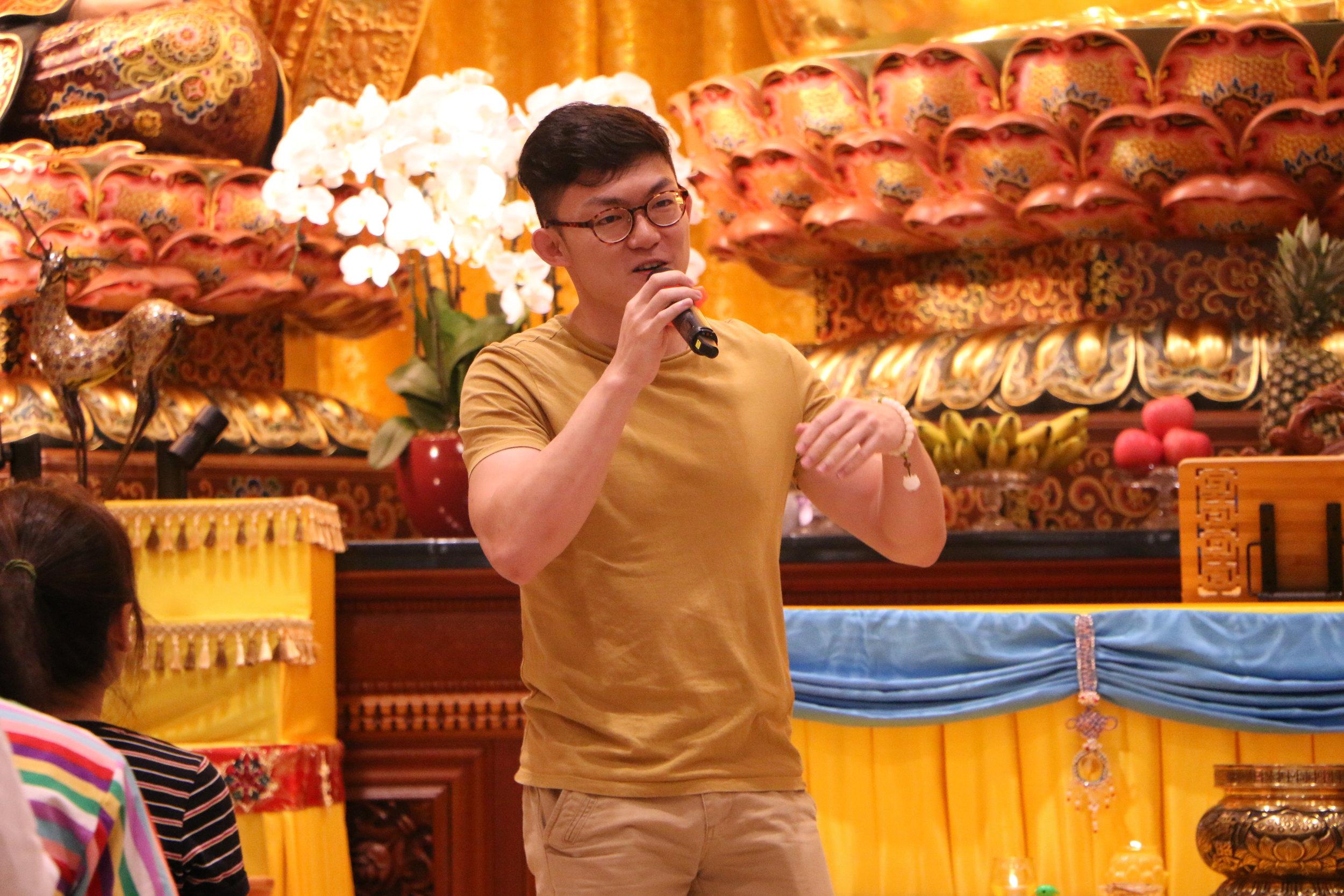 张祚铨 (Nicolas Teo Jor Quan) - 分享自从他上广论课后,他对妈妈存有的负面观念也渐渐改变了。