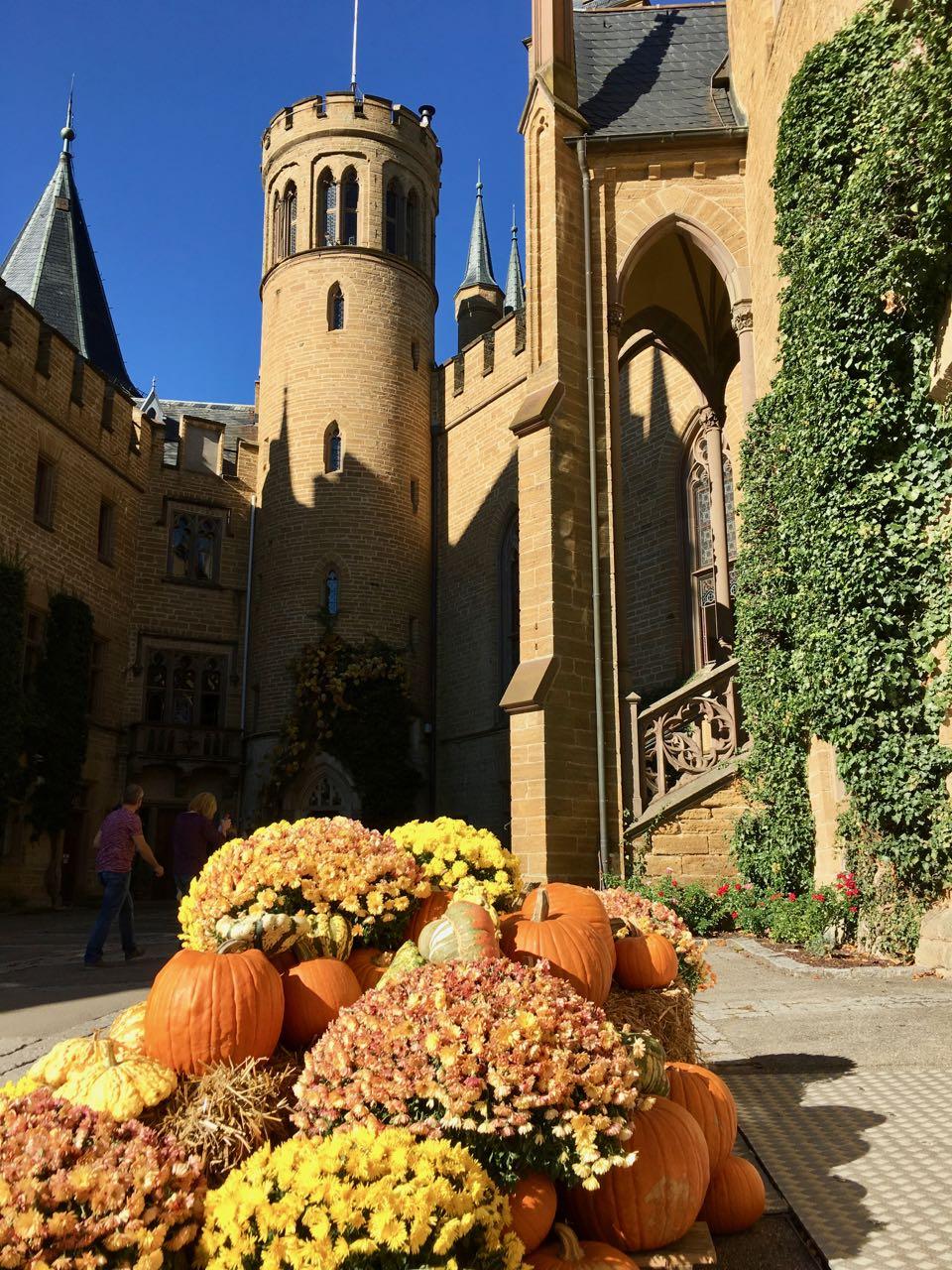 herbstliche Burg Hohenzollern