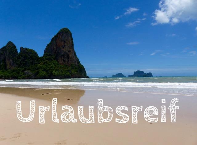 Urlaubsreif am Strand von Krabi in Thailand