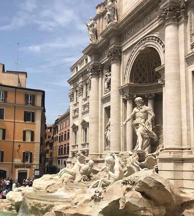 L'amore della mia vita: Bella Roma! #loveofmylife #bellaroma #cittaeterna #throwbacksunday #dolcevita #haveasunnyday☀️