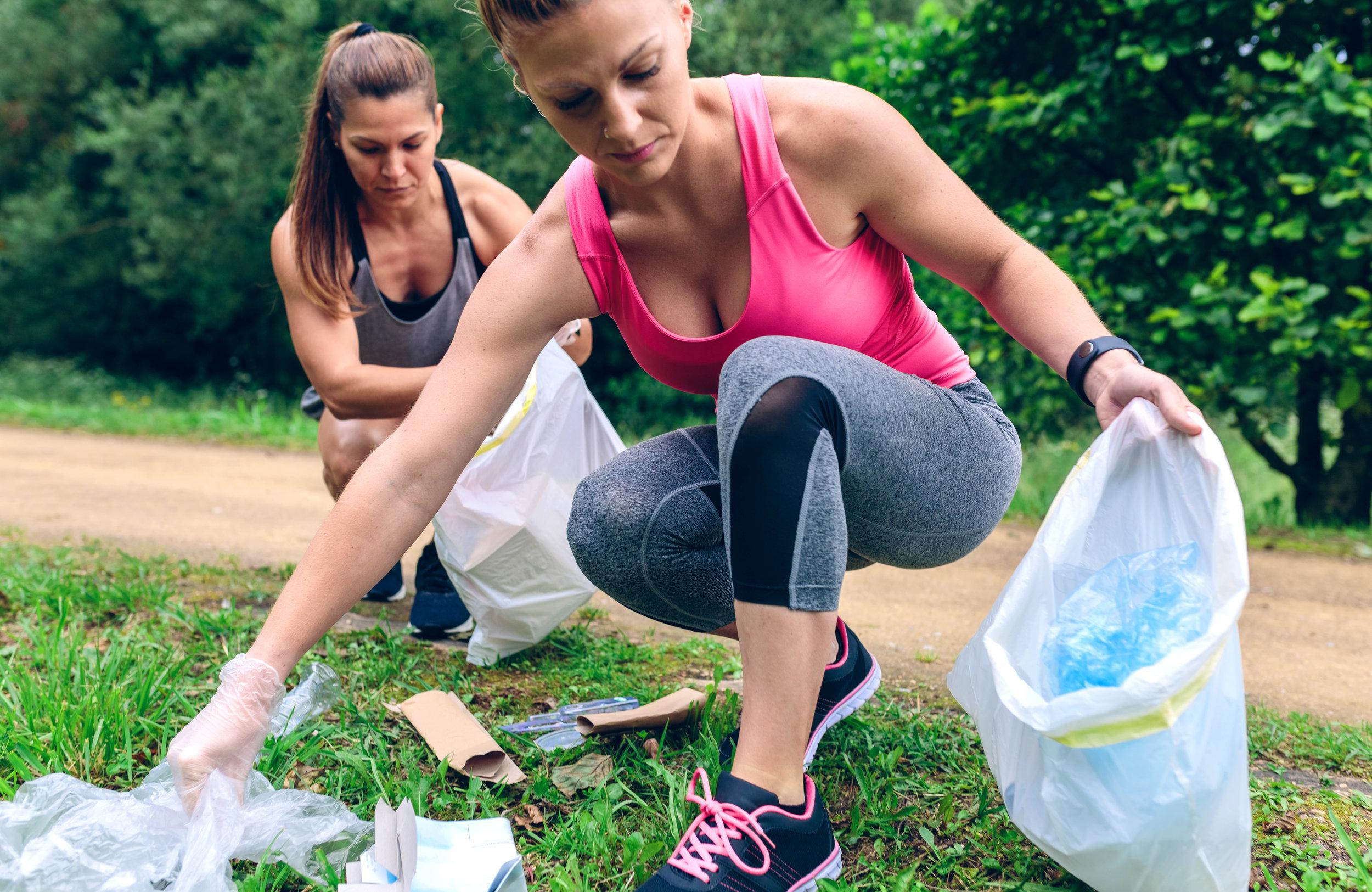 """- Gehst du auch gerne in der Natur spazieren und findest es dabei erschreckend, wie viel Müll einfach achtlos in der Natur zurück gelassen wird? Mit """"Clean and Train"""" tun wir was dagegen!"""