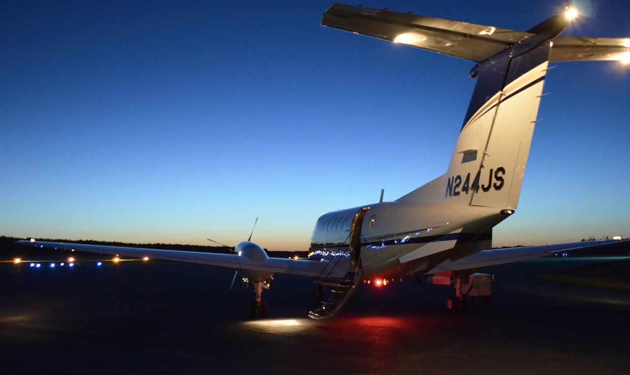 King Air @ Night.jpg