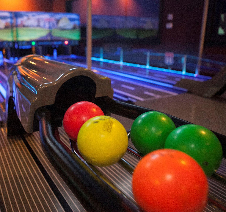 Mini-Bowling — Champy's FunCity