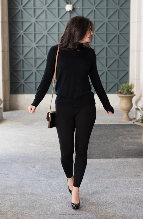 all black outfit inspired by french style