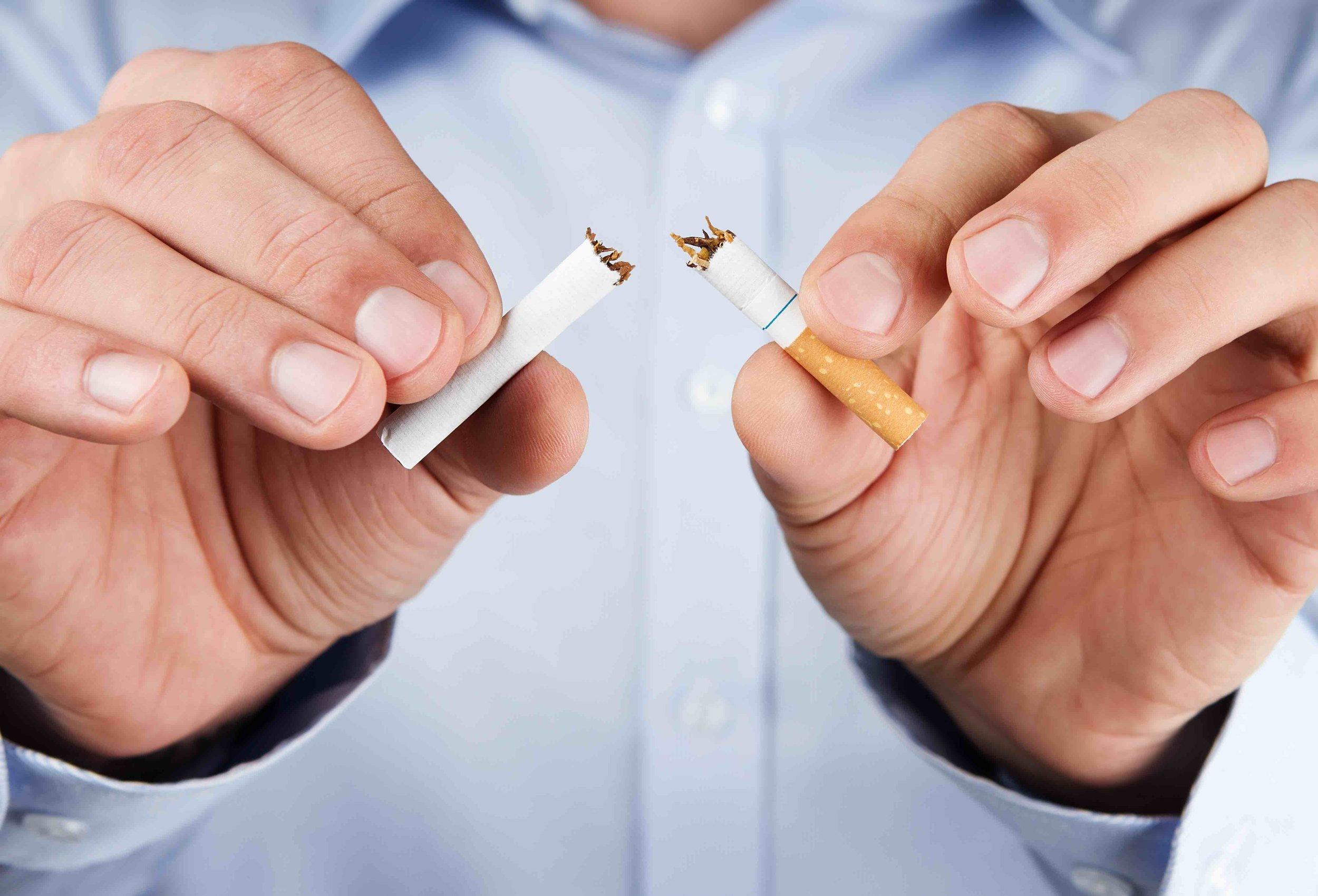Hör heute noch auf und beginne dein neues Leben. Rauchentwöhnung ohne Gewichtszunahmen und ohne Schmacht nach der nächsten Zigarette ist möglich.