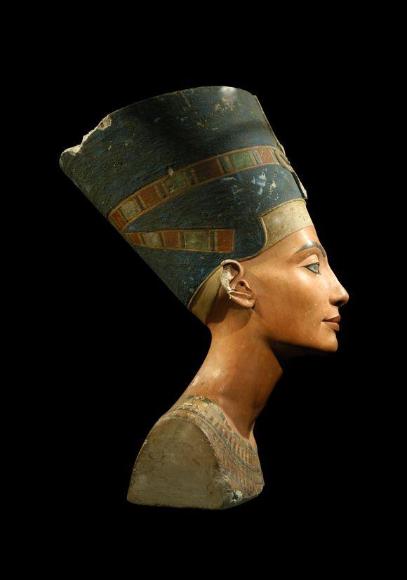 Nefertititi_Myrrh.jpg