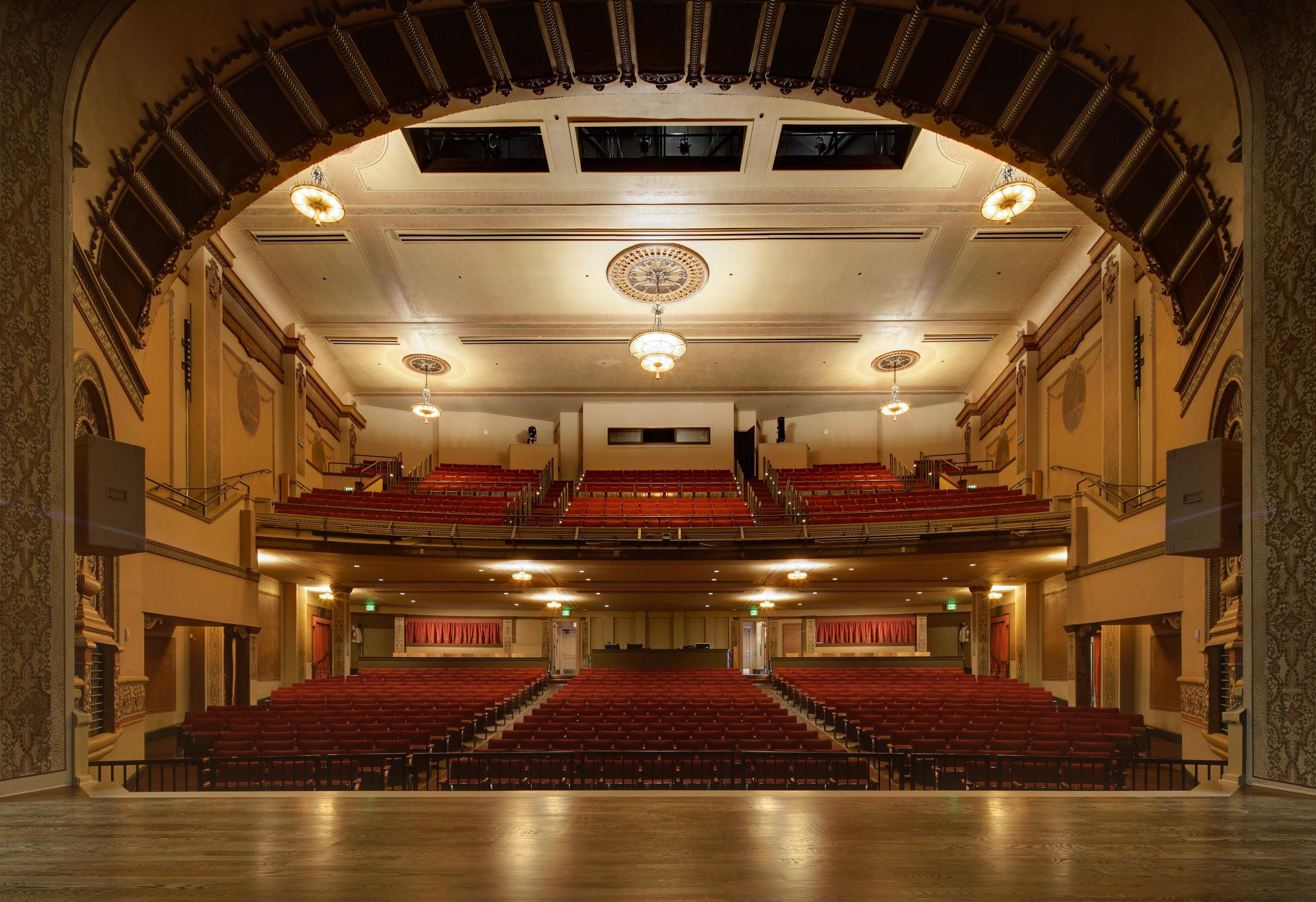 ColumbiaTheater_Int005.jpg
