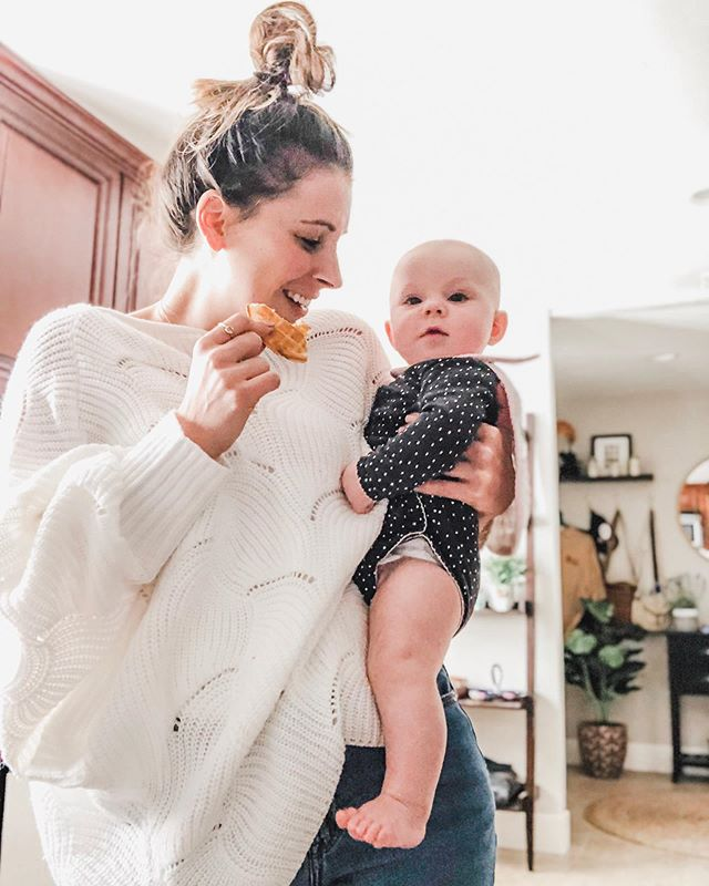 She can't decide if she wants my waffle or sweater 🤷🏻♀️ This girl is sooo ready to eat food! I'm just not. 🤣 .    Mamas- share your baby food tips below! 🙌 . // Wearing my favorite $30 Amazon sweater - linked in my bio and the LIKEtoKNOW.it app search everydayellablog! http://liketk.it/2BTIx #liketkit @liketoknow.it #LTKspring #LTKstyletip #LTKunder50 #fashiondiaries #fashionblogger #outfitinspo #ootd #stylediaries #lifestyleblog #everydayella #styleblog #amazonfashionfinds #bloggerstyle #newblogger #motherhood #momlife #lifestyleblogger #blog #blogspot #fashionbloggers #streetstyle #momtruths #postpartum #amazonfashion