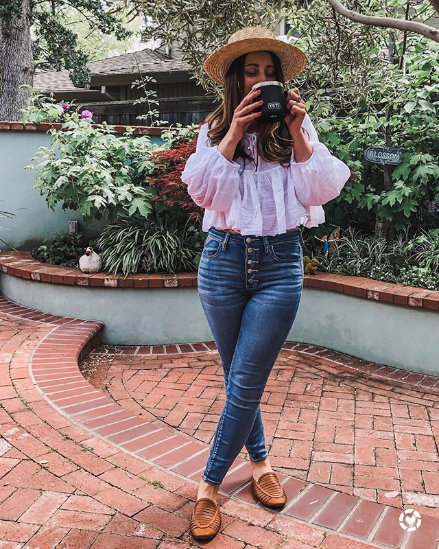 Nothing beats the Monday blues like a delicious coffee and a good pair of stretchy jeans. 🤣 These are just under $50 and are my go-to for days like this. I love the button detail! http://liketk.it/2BWFI .    Do you prefer your coffee hot or iced? Let me know in the comments. Some days..I just can't decide! 🤪