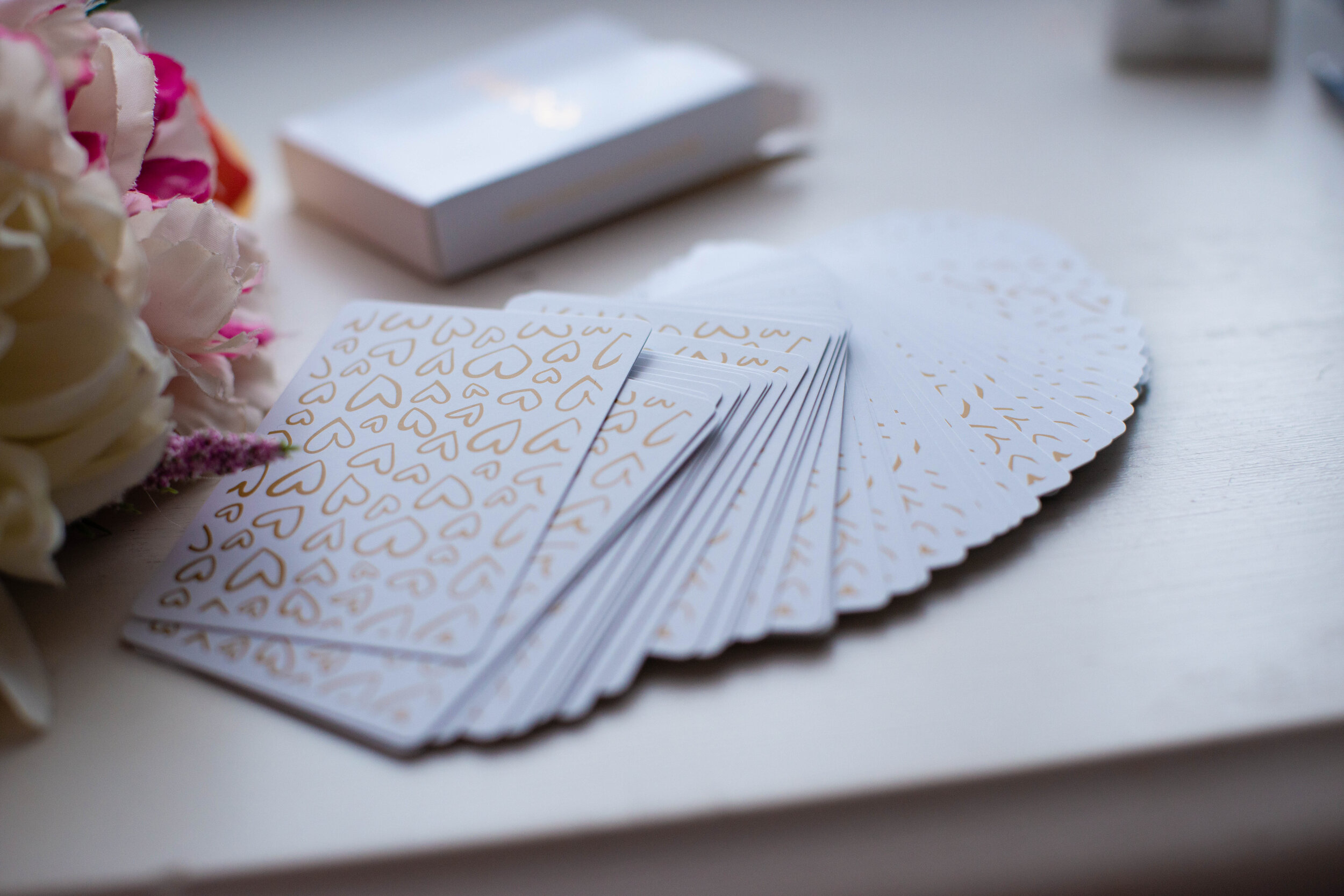 Cute gold foil design on the back of the cards