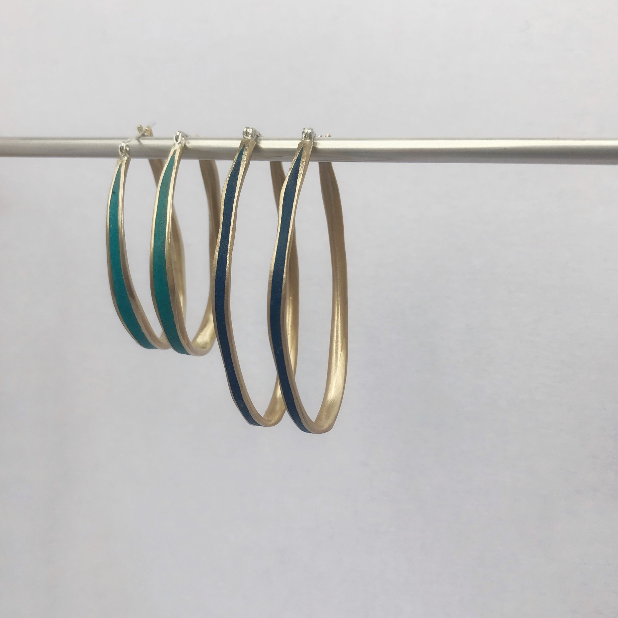 Medium & Large Oval Hoops