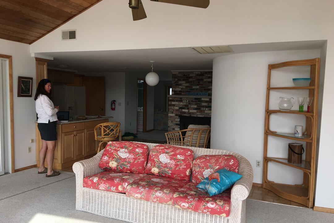 cheryl-livingroom-design-before.jpg