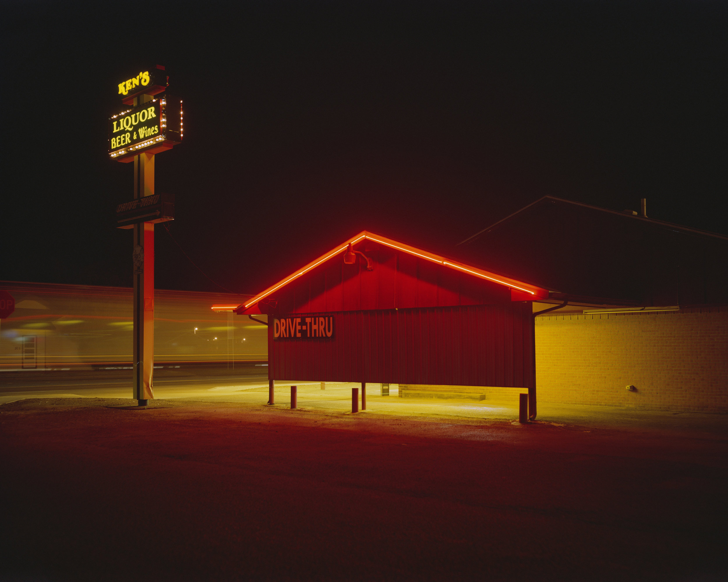 Ken's Liquor, Quanah, TX, Highway 287, 2017 - 4x5 film
