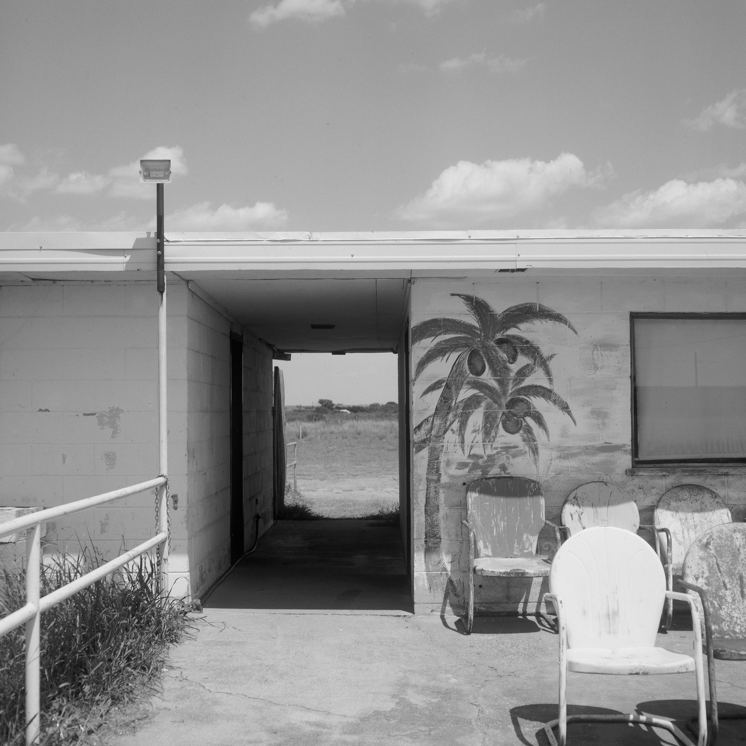 Inside Sandell, Clarendon, TX, Highway 287, 2017 - 120 Delta 100 (6x6)