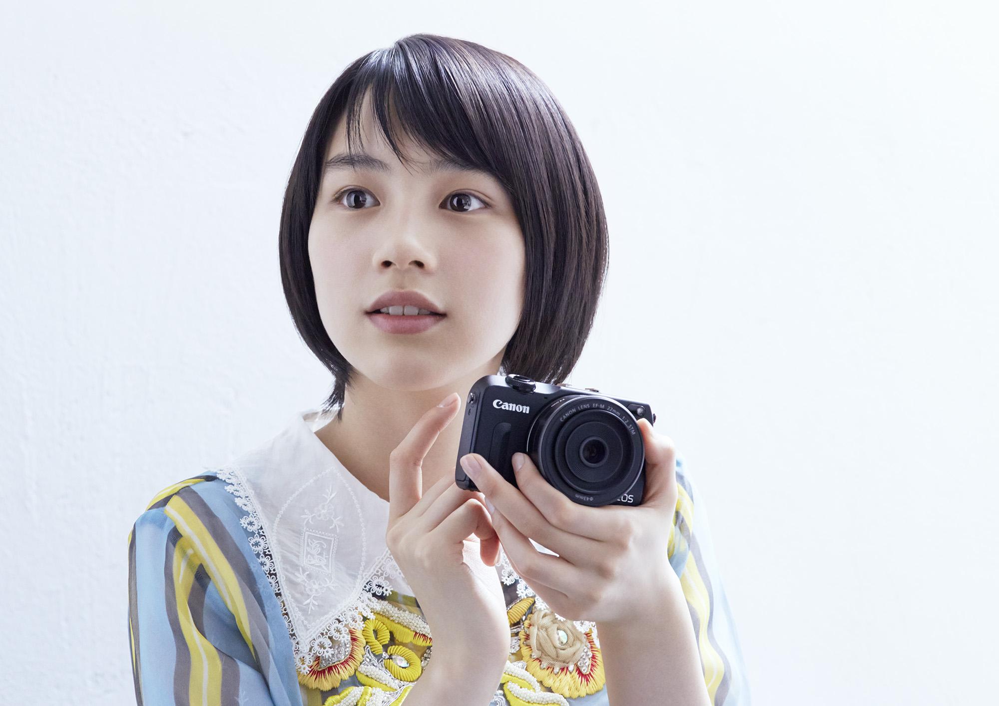 82_Canon_M2_能年_2000px_72dpi.jpg