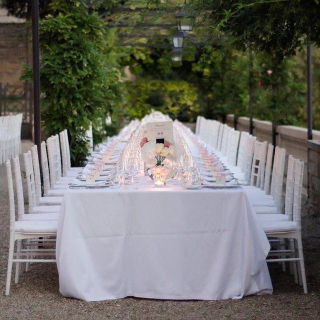 Friday flashback to the elegant all white wedding we created for Givy and Surbhi, excited it's almost spring and soon warm enough for outdoor weddings. #sydneybride #sydneywedding #weddingplannersydney #sydneyflowers #weddingstyling #stylinginspo