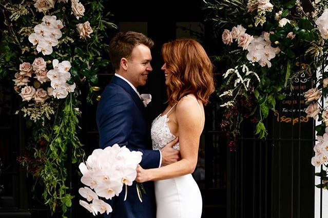 Happy 1 year anniversary to these two 💕 @nicole.m.manning hope you're having a wonderful day together xo  #sydneyweddingstylist #eventstylistsydney #sydneywedding #sydneybride #sydneyweddingvenue