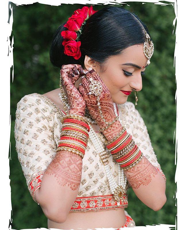 ✨Iris Bridal✨   Photography: @strokesphotography  Henna: @hennabyramnik  Florals: @bloomenbrides   •2019/2020 Bridal calendar is now•   Please contact info@irisartistry.com -or- fill in the form in bio   ••••••••••••••••••••••••••••••••••••••••••••••••• #maccosmetics #irisartistry  #torontomakeup #torontomua #maharaniweddings  @maccosmetics @hudabeauty @shophudabeauty @hudabeautyinspiration #hudabeauty #shophudabeauty #flawlessdolls #makeupjunkie #makeupmess #makeuplife #igmakeup #sikhweddings #punjabibrides #indianfashion #lipstick #desiweddings #indianwedding #igmakeup #igbeauty #makeuptalk #wakeupandmakeup #beautyblogger #beautyaccounts #houseoflashes @houseoflashes #indianbrides #bridalmakeuptoronto #bridalhairtoronto #torontomakeup #gtamakeupartist