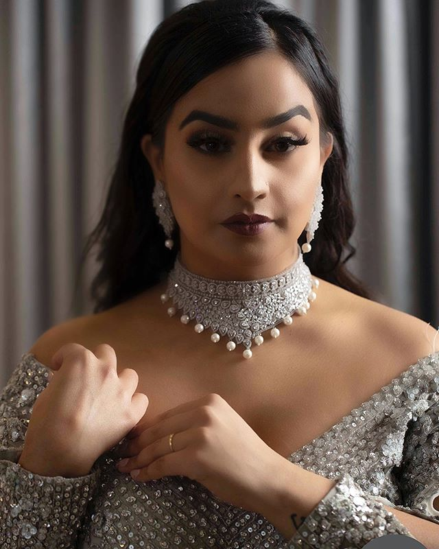 Gagan✨   @iris.artistry Lashes in Aria (available at www.irisartistry.com)   Photography: @divinefilmstudio  Wardrobe: @siaimporter  Decor: @xclusivedesigns  Coordination: @gaganpablaacastings    •2020/2021 Bridal Calendar Open •  Please contact info@irisartistry.com -or- fill in the form in bio