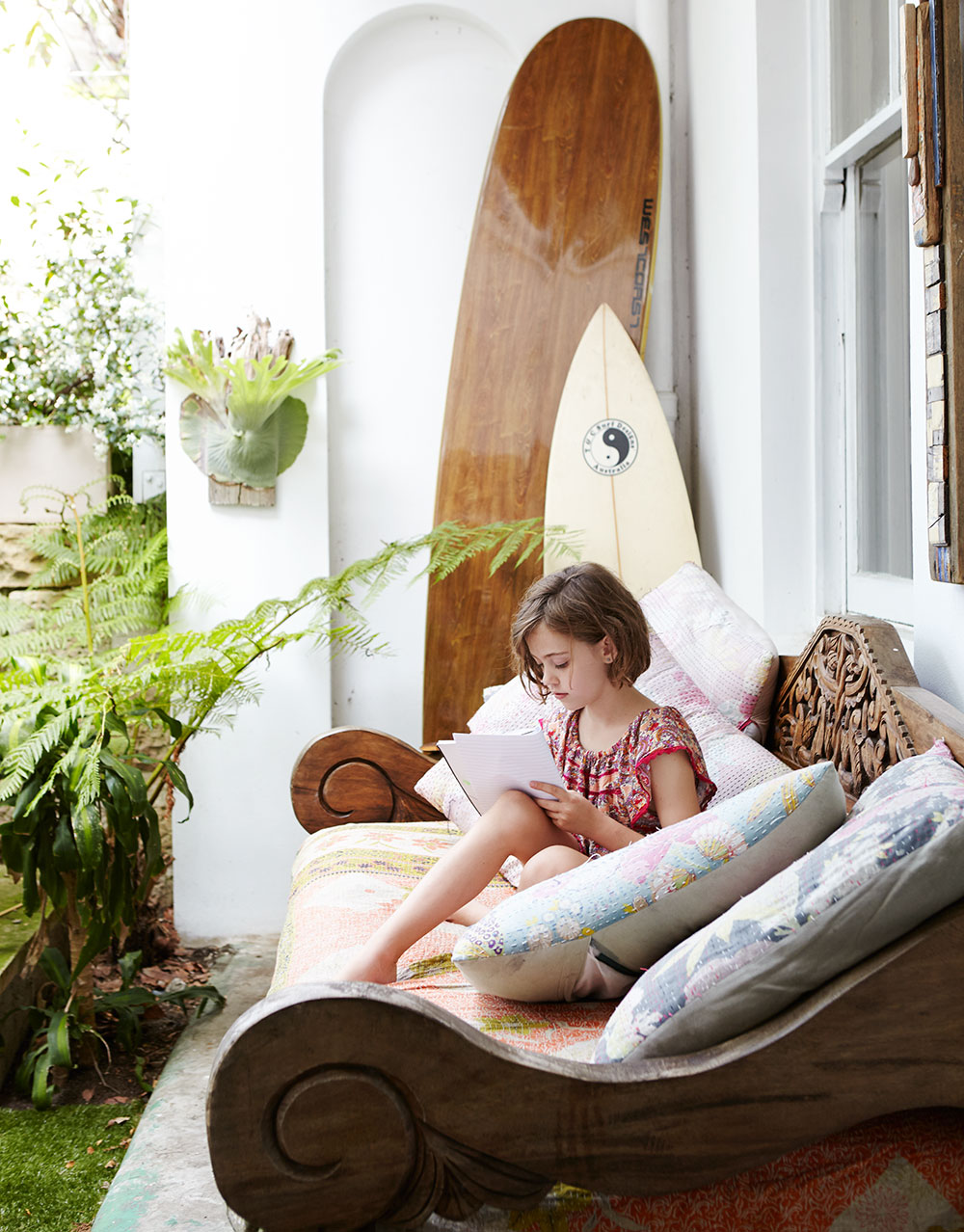 tropical_garden_courtyard-surfboards.jpg