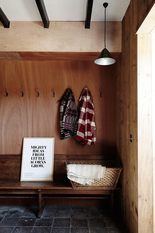 ModernRustic_Fforest_hallway_028.jpg