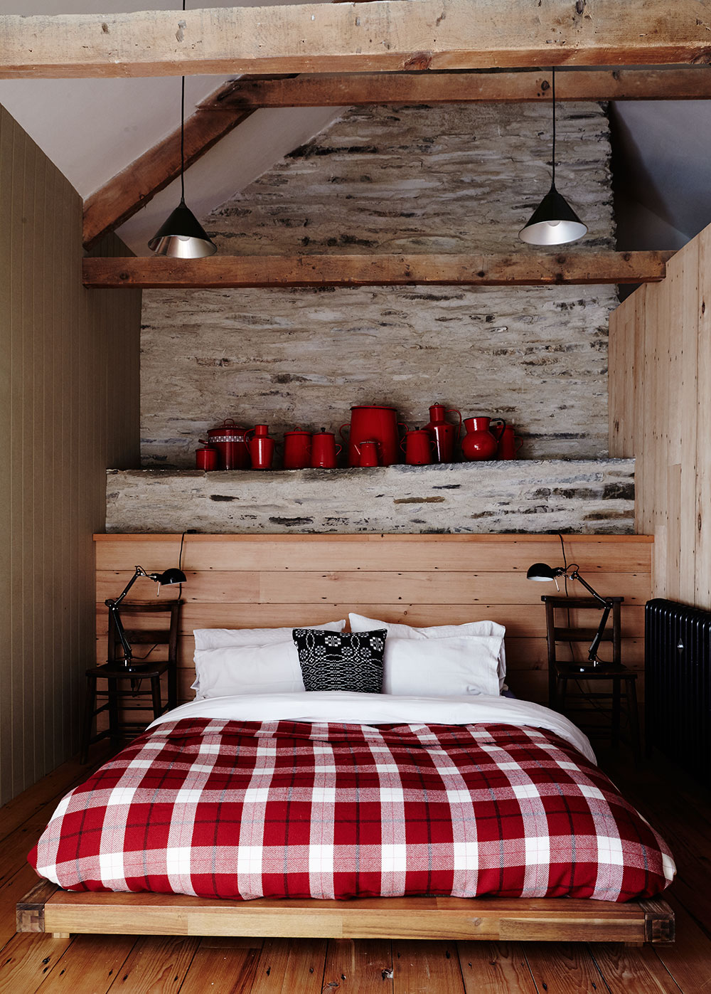 Rustic_welsh_farm_bedroom_stone.jpg