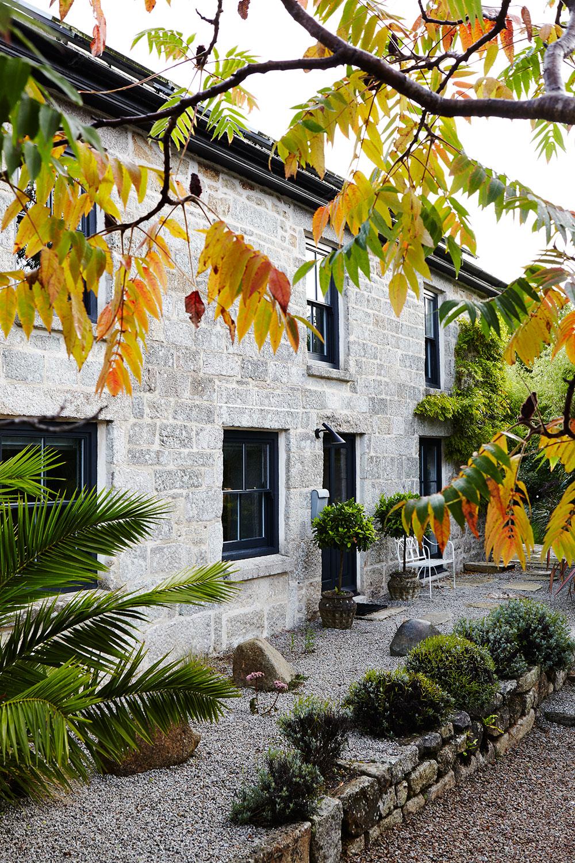 Christen_Pears_Cornish_cottage.jpg