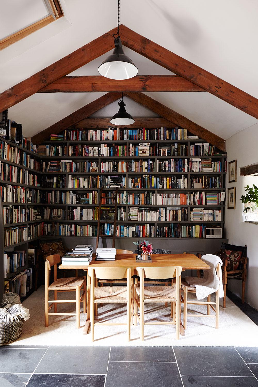 Cornish_barn_library.jpg