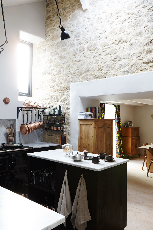 cornish_country_kitchen.jpg